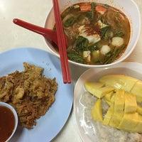 Photo taken at Thai Food by Jasmine H. on 8/10/2015