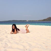 Photo taken at Pulau Lihaga (Lihaga Island) by Coryn N. on 10/5/2014