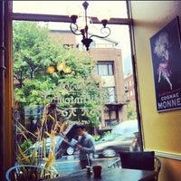 Foto tirada no(a) Griffintown Café por karolina j. em 9/22/2012