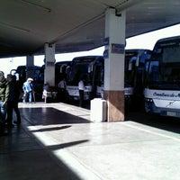 Photo prise au Central de Autobuses par Lulé L. le12/25/2012