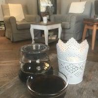 Das Foto wurde bei Wohnzimmer. Das Café von Michael am 1/2/2018 aufgenommen