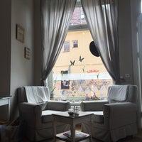 Das Foto wurde bei Wohnzimmer. Das Café von Michael am 5/14/2016 aufgenommen