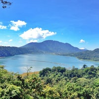 Photo taken at Batur Lake by 🐾Yulia🐾 on 5/5/2014