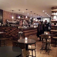 Foto scattata a Irving Farm Coffee Roasters da Arnaldo J. L. il 12/30/2012