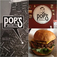 Photo taken at Pop's Burger by diogo p. on 2/26/2013