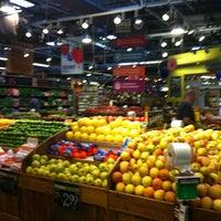 Снимок сделан в Whole Foods Market пользователем 💜💜Priscilla💜💜 6/30/2013