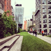 Foto tirada no(a) High Line por Nick S. em 5/25/2013