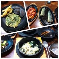 Photo taken at 박현자네 더덕밥 by Do Kyung N. on 10/28/2013