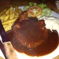 Photo taken at Restoran Suria Seafood, Keramat Wangsa by Rozita on 5/14/2014