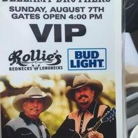 Photo taken at Rollie's Rednecks & Longnecks by Tony W. on 6/2/2016