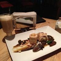 Foto diambil di 500 Noches Cafe-bar oleh Agustin M. pada 9/28/2013
