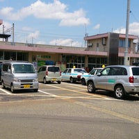 Photo taken at 十日町駅 東口 by hinayui07 on 6/28/2013