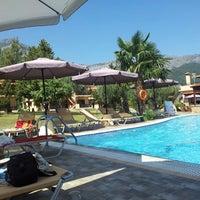 Photo taken at Hotel Bungalows ARIADNI by Martin U. on 7/20/2013