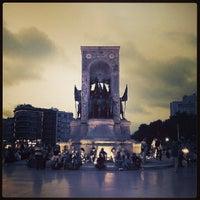 7/5/2013 tarihinde Ali ihsan D.ziyaretçi tarafından Taksim Meydanı'de çekilen fotoğraf
