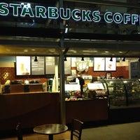 4/8/2013 tarihinde Özgür S.ziyaretçi tarafından Starbucks'de çekilen fotoğraf