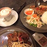 Photo taken at Giggle Box Cafe & Resto by silviadya on 9/5/2015