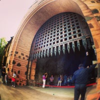 Снимок сделан в Золотые ворота пользователем Ksenia K. 5/10/2013