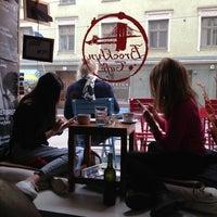 4/27/2013 tarihinde Jonathan H.ziyaretçi tarafından Brooklyn Cafe'de çekilen fotoğraf