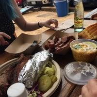 Foto scattata a Valentina's Tex Mex BBQ da Quanzi V. il 6/24/2017