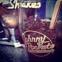 Photo taken at Johnny Rockets by Daly3d on 5/16/2015