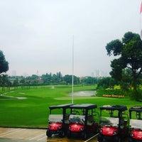 รูปภาพถ่ายที่ Pondok Indah Golf Club House โดย Glody S. เมื่อ 7/12/2016