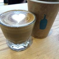 Снимок сделан в Blue Bottle Coffee пользователем Jace C. 5/1/2018