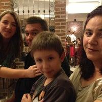 Foto tirada no(a) Pasta D'oro Pizzeria por Rodrigo N. em 3/10/2013
