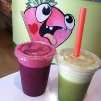 Photo taken at Yellow - A Juice Bar by Emily C. on 6/29/2013