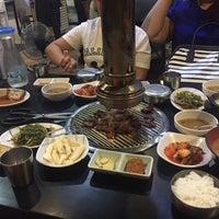 Photo taken at 황소막창 Hwangso Makchang by Jissette F. on 6/8/2017