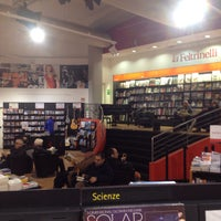 Photo taken at La Feltrinelli Libri e Musica by Andrea P. on 3/22/2015