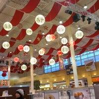 รูปภาพถ่ายที่ MEGA Mall โดย Anastasia L. เมื่อ 12/27/2012