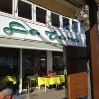 Photo prise au La Tana Restaurante par Clara V. le11/1/2012