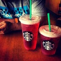 Photo taken at Starbucks by Veraliz on 6/29/2013
