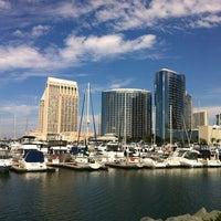 Das Foto wurde bei Embarcadero Marina Park South von Robsolo am 9/29/2012 aufgenommen