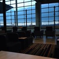 Foto tirada no(a) LATAM VIP Lounge por Fabiano S. em 2/23/2015
