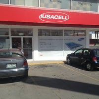 Photo taken at iusacell by Victor V. on 2/28/2013
