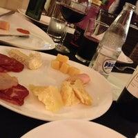 Das Foto wurde bei Pizzeria La Vicenza von Bruno C. am 12/7/2013 aufgenommen