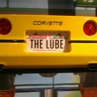 Photo taken at Quaker Steak & Lube® by Bzy C. on 10/24/2012
