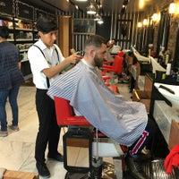 Foto tomada en The Barber's Spa México (Condesa) por Mario el 3/19/2018