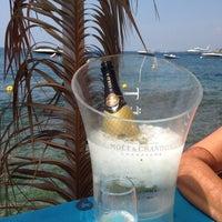 Foto tomada en El Pirata Beach Club por Simon S. el 7/24/2015