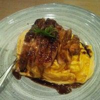 Photo taken at Pasta Zanmai by Chun H. on 3/14/2013