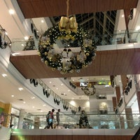 Photo taken at Shopping Santa Úrsula by Cássio A. on 12/22/2012
