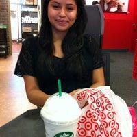 Photo taken at Starbucks by Fabiola R. on 10/28/2012