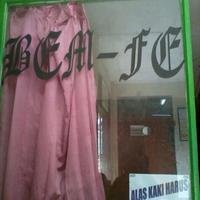 Photo taken at Universitas Merdeka Surabaya by Rian W. on 3/27/2013