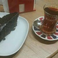 Photo taken at Küçük Kurabiye Dükkanı by Erdal Ç. on 11/14/2015