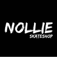 Foto tirada no(a) Nollie Skateshop por Nollie S. em 10/15/2012