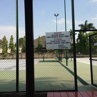 Photo taken at Tennis 25 -Sports Club by Iteng t. on 8/29/2013