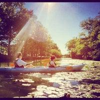 รูปภาพถ่ายที่ Charles River โดย Lilly L. เมื่อ 9/19/2012