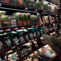 7/7/2013にJeff V.がWhole Foods Marketで撮った写真