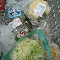 Photo taken at Supermercados Pague Menos by Liz M. on 10/16/2012